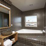 Bathroom in suite 2nd floor